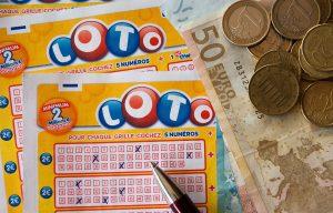 Sunderland Street Neighbors Enjoying People's Postcode Lottery Win of £1,000 Each